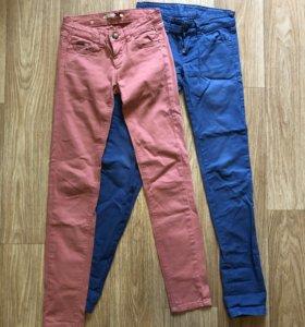 (XXS) Цветные джинсы Stradivarius