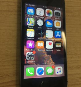 iPhone 5S 16 gb silver с тачем , как Новенький