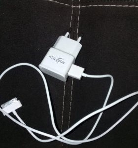 Зарядник на айфон 4, 4s