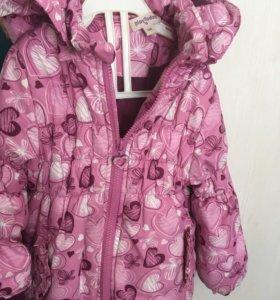 Куртка на девочку 3-5лет
