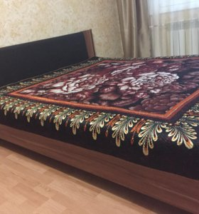 Продам кровать с матрасом и топпером аскона