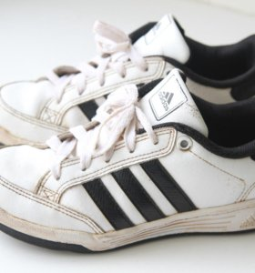 Кроссовки Adidas, оригинал, натур.