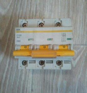 Автоматический выключатель iek BA 47 -100 А С б/у