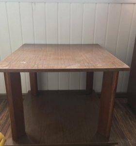 Продам журнальный столик