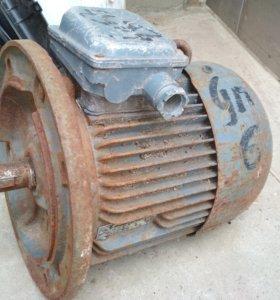 Двигатель Асинхронный (не был в использовании)