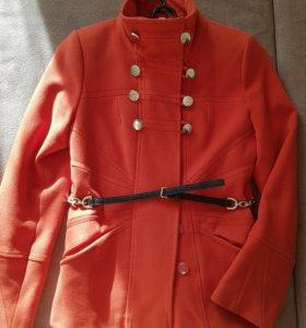 Хорошее осеннее пальто