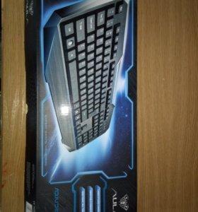 Новая клавиатура,полный комплект,не использовалась