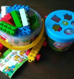 Игрушки конструктор и сортер