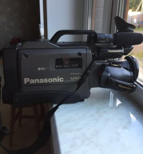 Видеокамера Panasonic M9000 SvHS