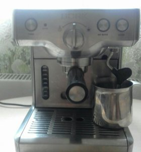 Кофемашина BORK c-800