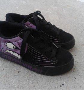 Heelys кроссовки с колесами