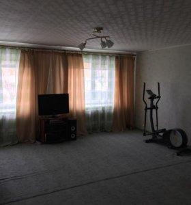 Квартира, 3 комнаты, 90.4 м²