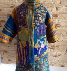 Валяное дизайнерское пальто -кимоно