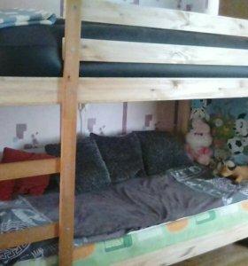 Двухъярусная кровать 206*97 см.