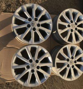 Оригинальные диски от Тойоты Камри R16