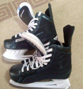 Коньки хоккейные подростковые