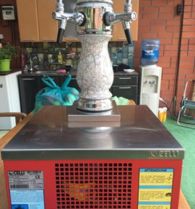 Аппарат для охлаждения и розлива пива