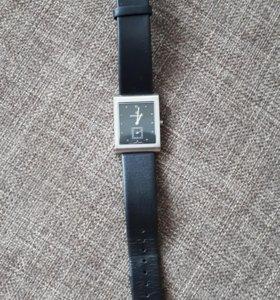 Часы мужские Romanson