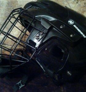 Срочно ! Детский хоккейный шлем
