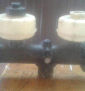 Главный тормозной цилиндр мерседес 1017