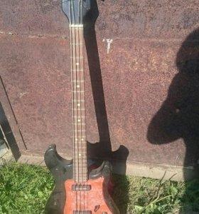 Бас гитара СССР