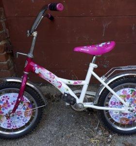 Велосипед от 4 до 6 лет.