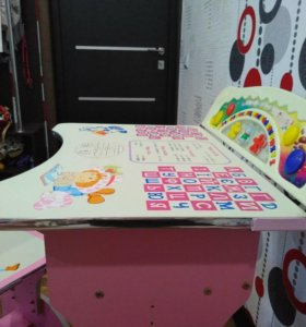 Продам стол-парту для девочки