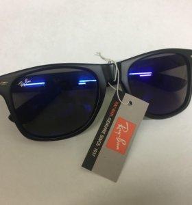 Солнцезащитные очки новые оригинал Ray Ban Италия