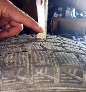 Шина зимняя нешипованная Dunlop Graspic DS3 R16
