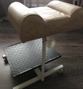 Подставка для педикюра (для ног и ванночки)