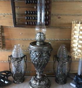 Старинная керосинова лампа