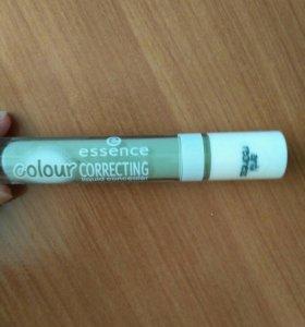 Essence color correcting зеленый