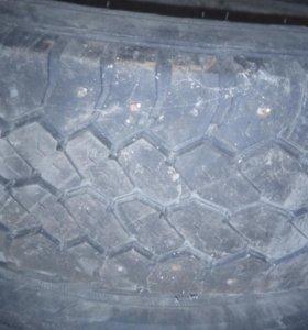 Шины на дисках на газель (старые)
