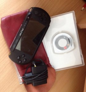 Продаю PSP+ одна игра и чехол