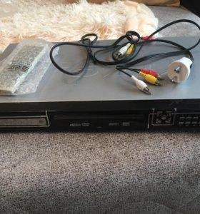 Продам DVD плейер
