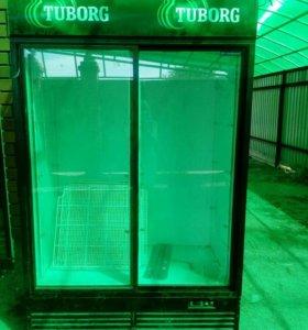 Витрина-холодильник для напитков