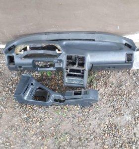 Продаю панель ВАЗ 2110-12