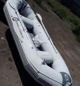 """Лодка 3местная """"Gydro-Force""""300"""