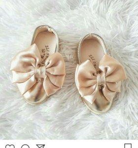 Продам туфельки для принцессы.