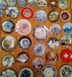Сувенирные тарелки 90 штук