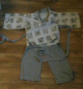 Рубашка-кимоно и укороченные брюки