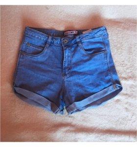 Женски шорты