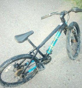 Велосипед Mongoose