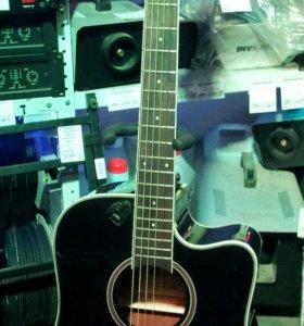 Электроакустическая гитара дредноут с вырезом