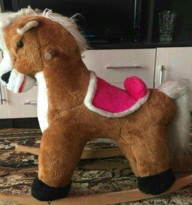 Качалка лошадка.