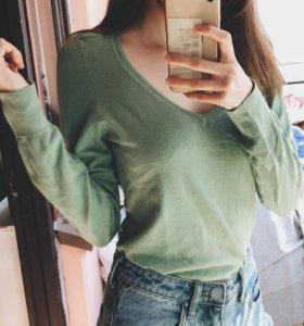 (M) Пуловер Bershka