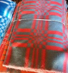 Одеяла шерстяные новые