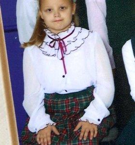 Блузка школьная праздничная. В идеальном состоянии