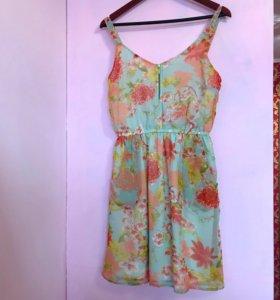 Летнее платье Collin's