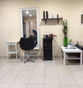Рабочее место для парикмахера